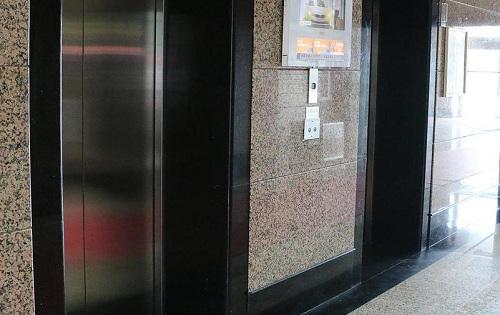 卫星大厦电梯